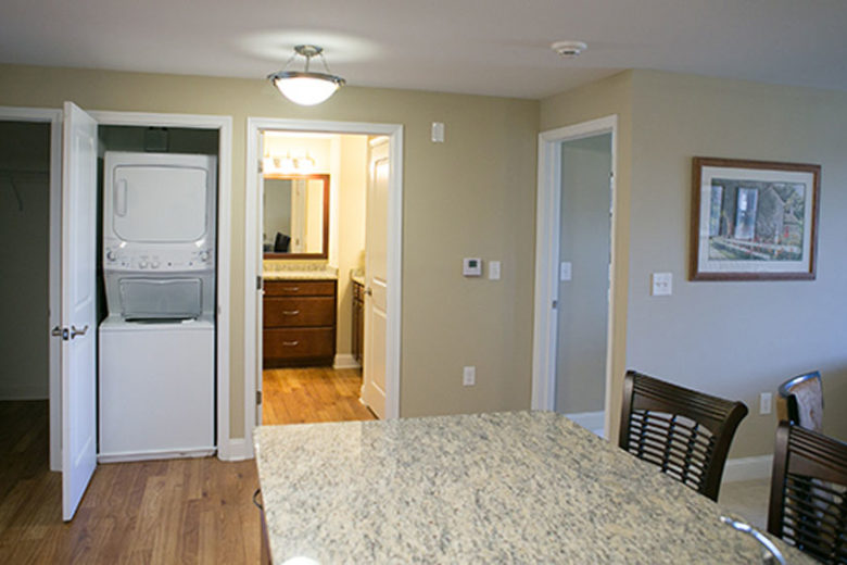 Web-Kitchen-view-of-all-doors